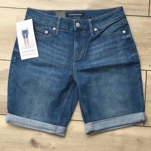Calvin Klein Jeans Women's BRAND NEW Shorts Size 6